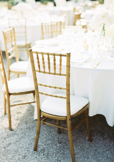 location mobilier chaise chiavari coussin blanc_jolibazaar